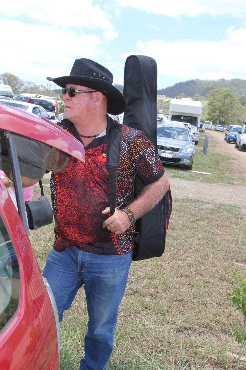 Woodford-Folk-Festival-002-Daytripper-carpark_2